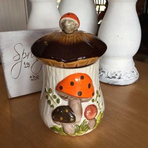 Vintage Arnells Mushroomware canister